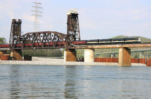 If you start Railfanning the CNO&TP at the south end in Chattanooga, you must film  the Tennessee River lift bridge near the Chickamauga Dam. Photo by Yardlimit.com