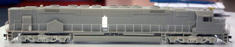 New Athearn plot model of their DDA40X (photo from Athearn's Facebook album)