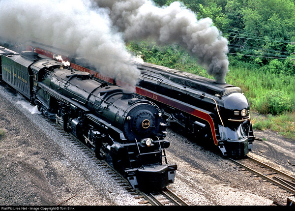 1218 and 611 running side by side. Photo by Tom Sink from railpictures.net