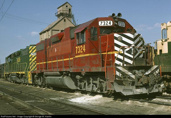 Ex LV and RDG power at Enola yards, Photo from RailPictures.net by George Hamlin