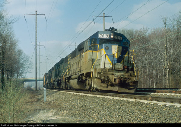 D&H Freight at Arbutus MD on former PRR rails. Photo from RailPictures.net by Vince Hammel Jr.