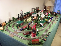 Coming Full Circle With A Toy Train Layout Smartt Scale