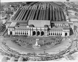Washington Union Station, it was designed to reflect the great City Gates of the past. Photo Wikimedia Commons