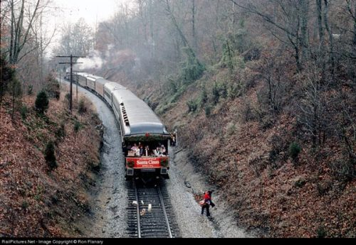 """The 1976 Clinchfield Santa Claus Special---behind CRR's """"One Spot"""" and two  F7B units-- rolls through Hardwood, VA, just south of Dungannon."""