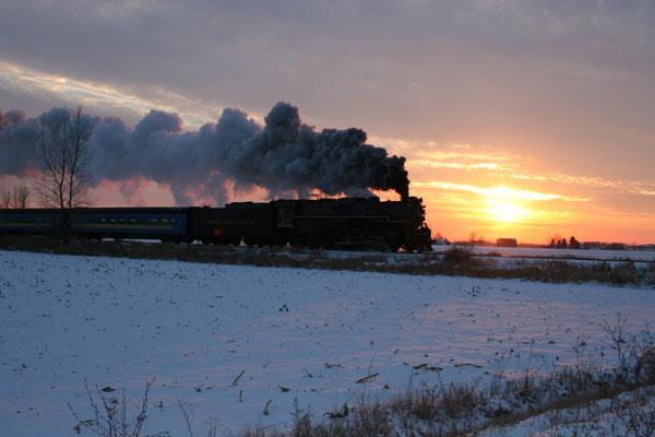 Pere Marquette 1225 north of Owosso, Michigan in November 2005, photo Arch Lapper