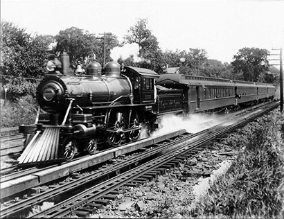 NYC's #999, First to break the 100 mph speed threshold.  Photo from Wikipedia