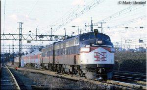 NH FL-9 by Marty Bernard, Photo American Rail.com