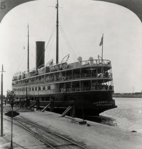 Florida East Coast Railway, Key West Extension. The P and O steamship Governor Cobb at the pier in Key West. From the Library of Congress.