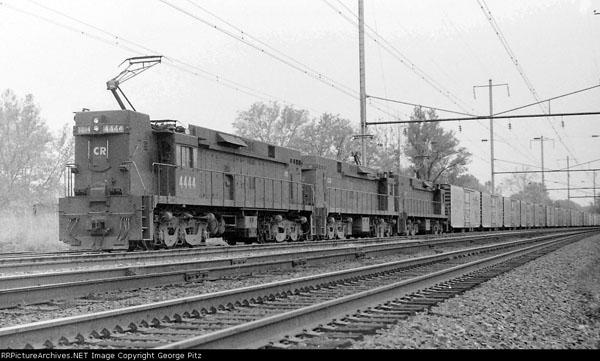 Conrail E-44 with the Juice Train, photo George Pitz Railpitchers .net